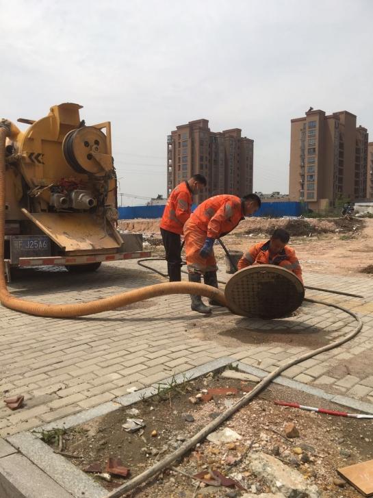 市政直径800mm管道清洗、清淤